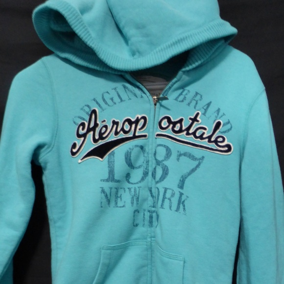 Aeropostale zip up sweatshirt hoodie, small, soft